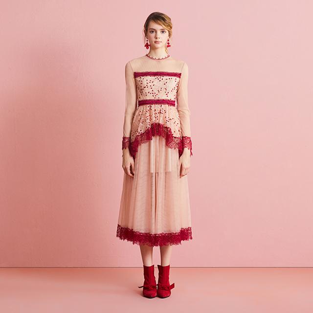 彼岸红网纱刺绣蕾丝浪漫连衣裙